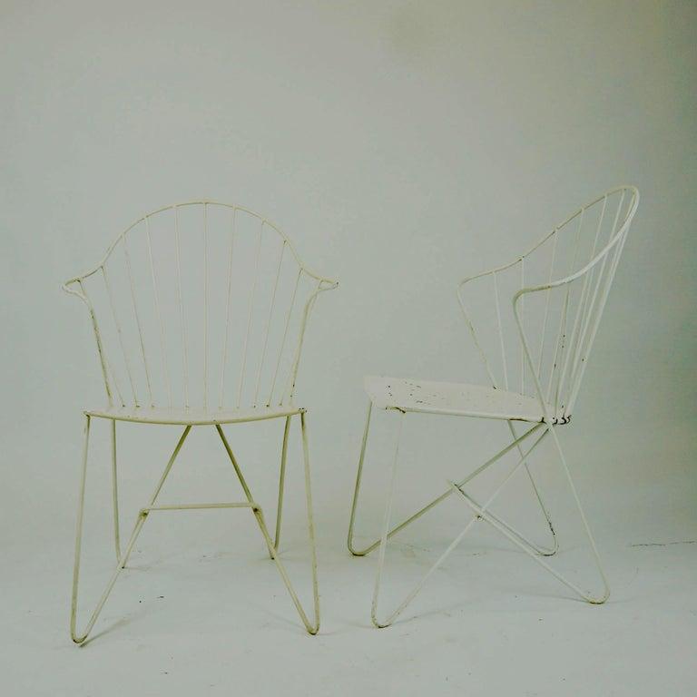 Two white Austrian Midcentury Wire Sonett Astoria Chairs For Sale 1