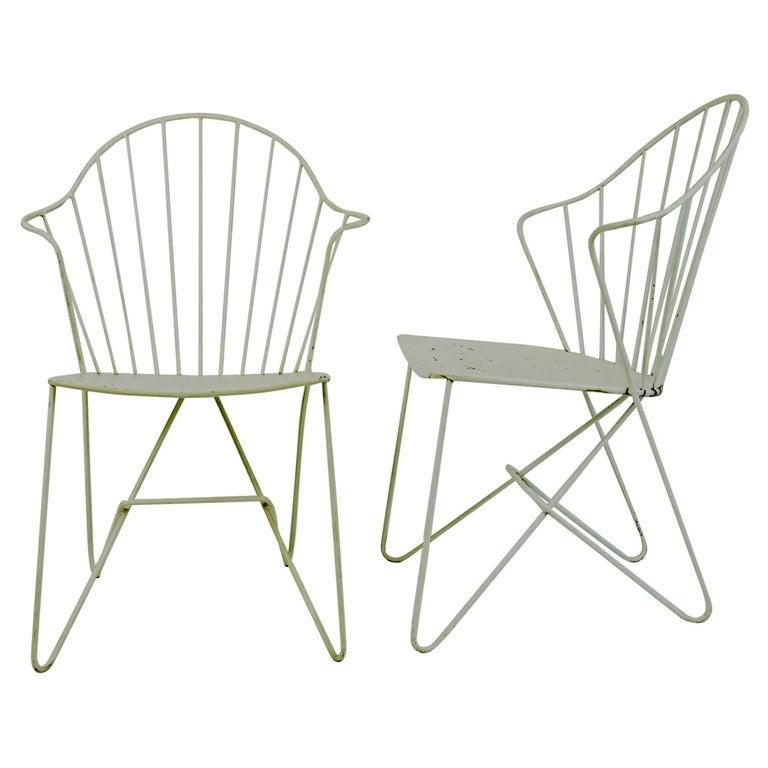 Two white Austrian Midcentury Wire Sonett Astoria Chairs For Sale