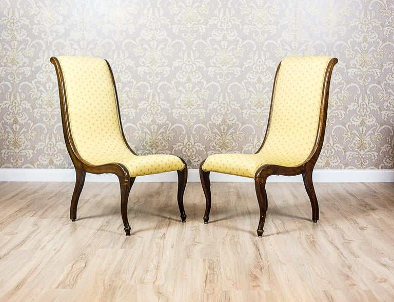 Two Yellow Swan Armchairs For Sale at 1stdibs