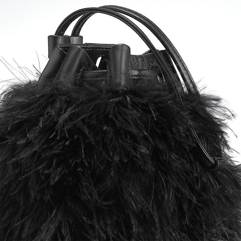 Women's TYLER ELLIS Grace Bucket Small in Black Ostrich Feathers with Black Leather For Sale