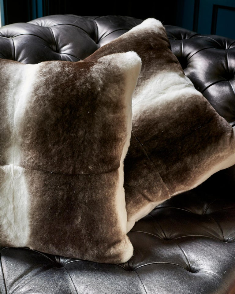 TYLER ELLIS Grey + White Orylag Fur Pillow In New Condition For Sale In Los Angeles, CA