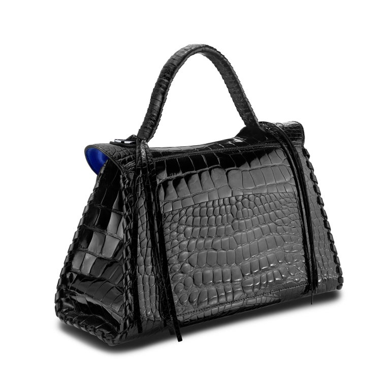TYLER ELLIS LJ Handbag Black Bombe Alligator Gunmetal Hardware In New Condition For Sale In Los Angeles, CA