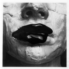 Monochrome Lips