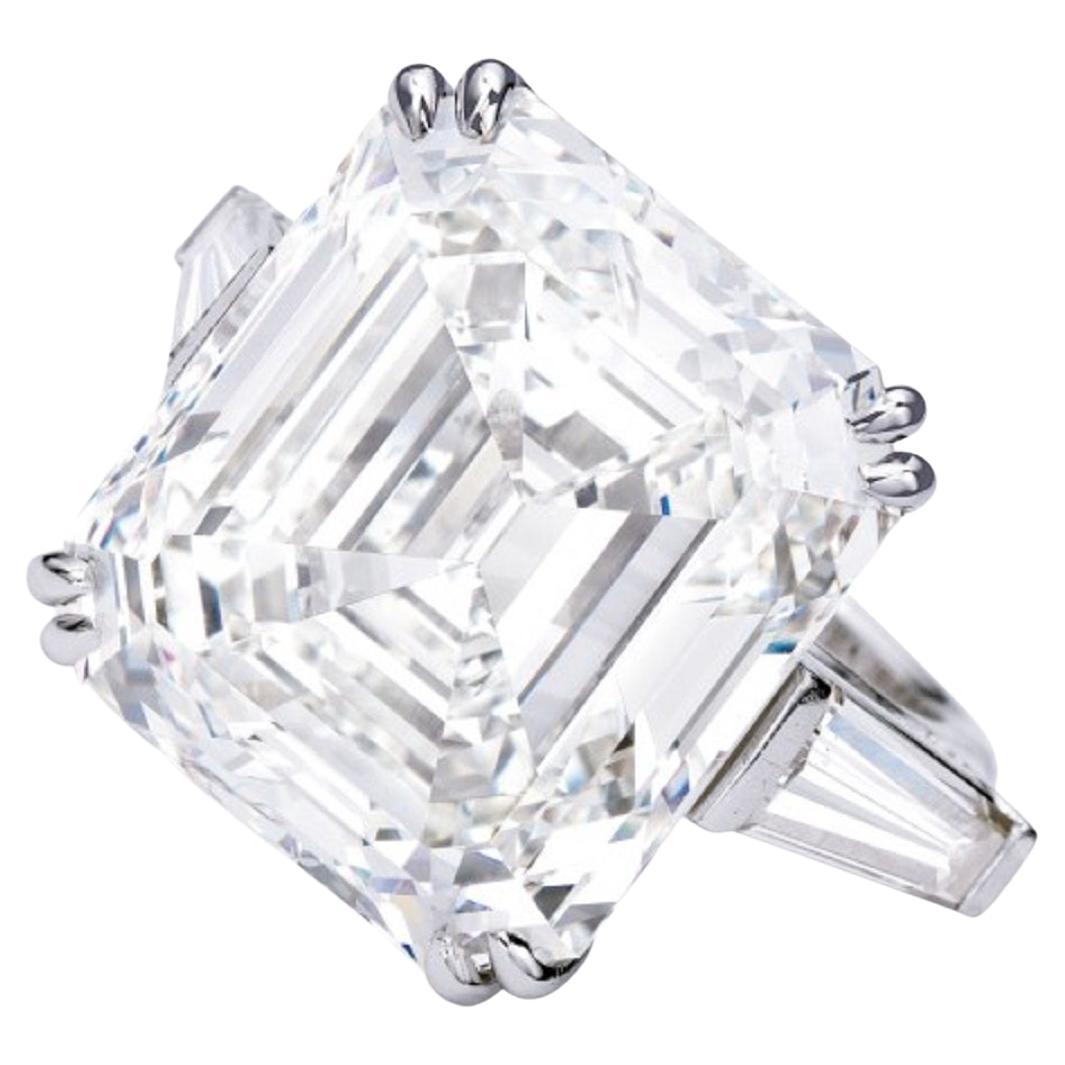 Type IIA Exceptional GIA Certified 10 Carat Asscher Cut Diamond Ring
