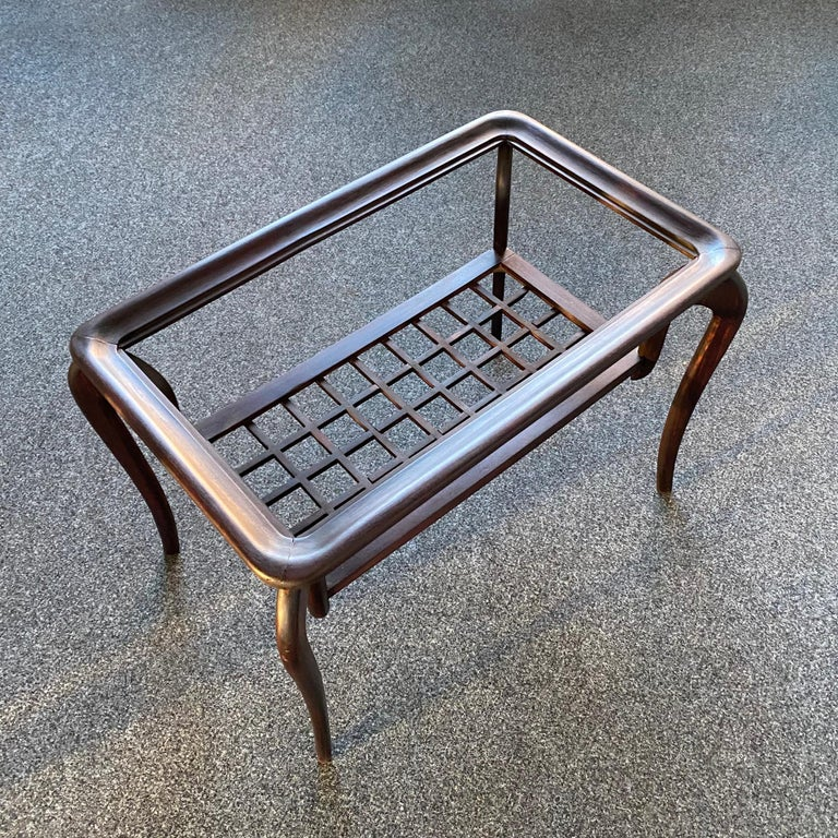 Typical Midcentury Paolo Buffa Style Occasional or Side Table, Italy, 1950s In Good Condition For Sale In BUDAPEST, HU