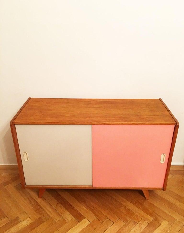 Mid-Century Modern U-452 Cabinet by Jiri Jiroutek for Interier Praha, 1960s For Sale