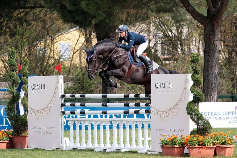 Ubaldi Gioielli 18kt WG Gold Equestrian Horse Showjumping Pendant Diamond In New Condition For Sale In Mestre Venezia, IT