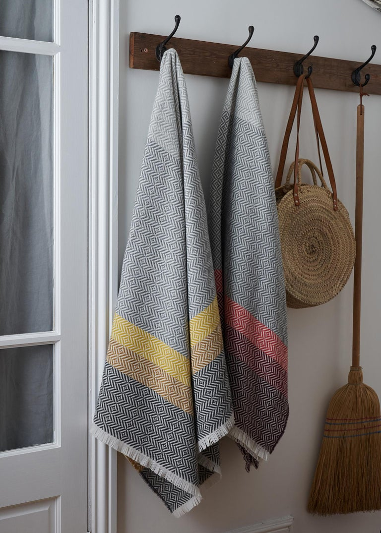 Drawing inspiration from the color and pattern found in stain glass work, the Uccle block throw takes its name from an area of Brussels renowned for its Art Deco architecture.
