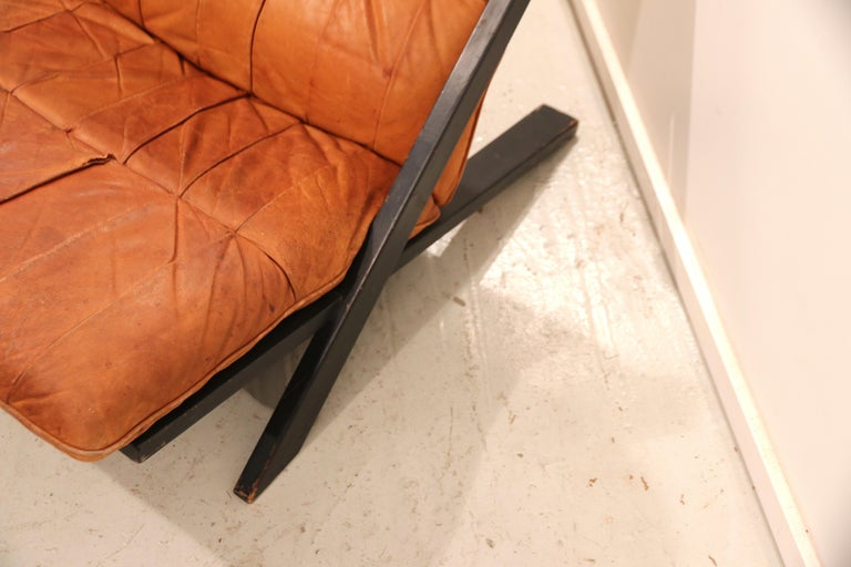 Ueli Berger for De Sede Lounge Chair, Tanned Leather In Good Condition For Sale In Amsterdam, NL