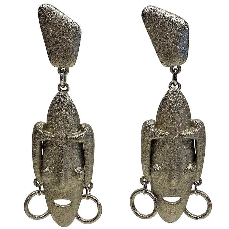 Ugo Correani 1980s Abstract Face Pendant Earrings For Sale