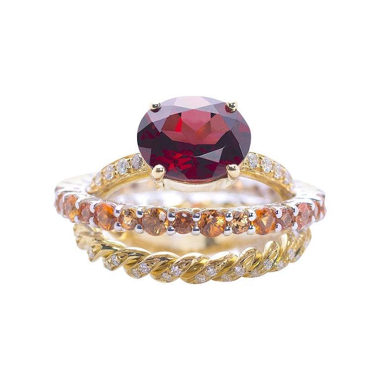 Ugolini 18Karat Gold 0.23 Karat Diamonds 3 Karat Tangerine Sapphires Garnet Ring For Sale