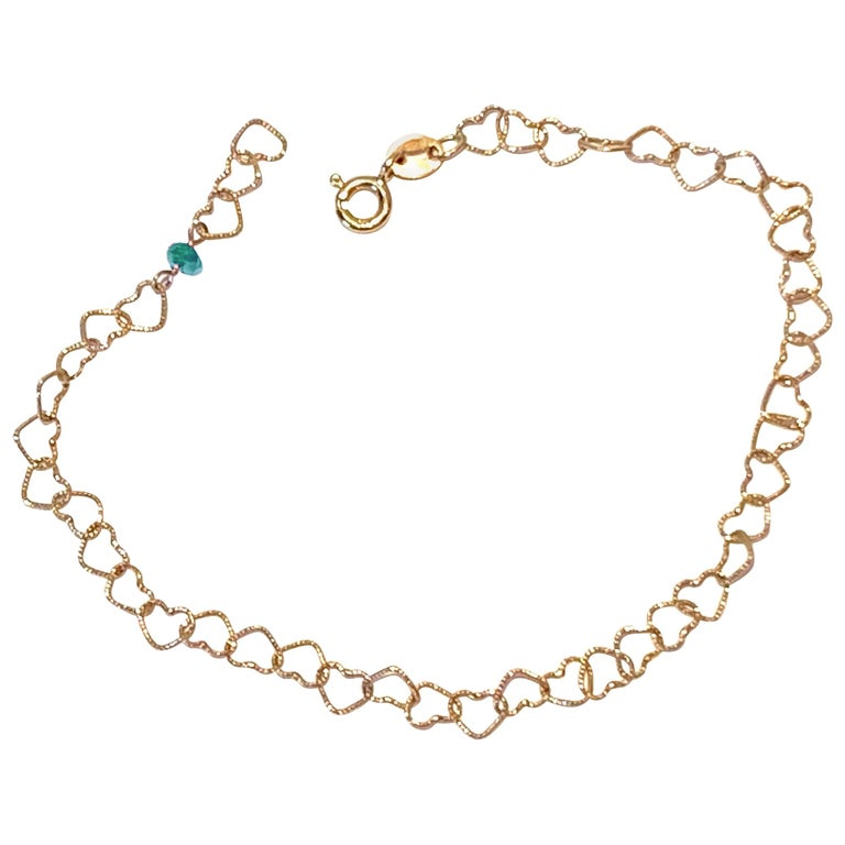 "Romantic Style 18Karat Yellow Gold 0.35Karat Emerald ""Little Hearts"" Bracelet For Sale"
