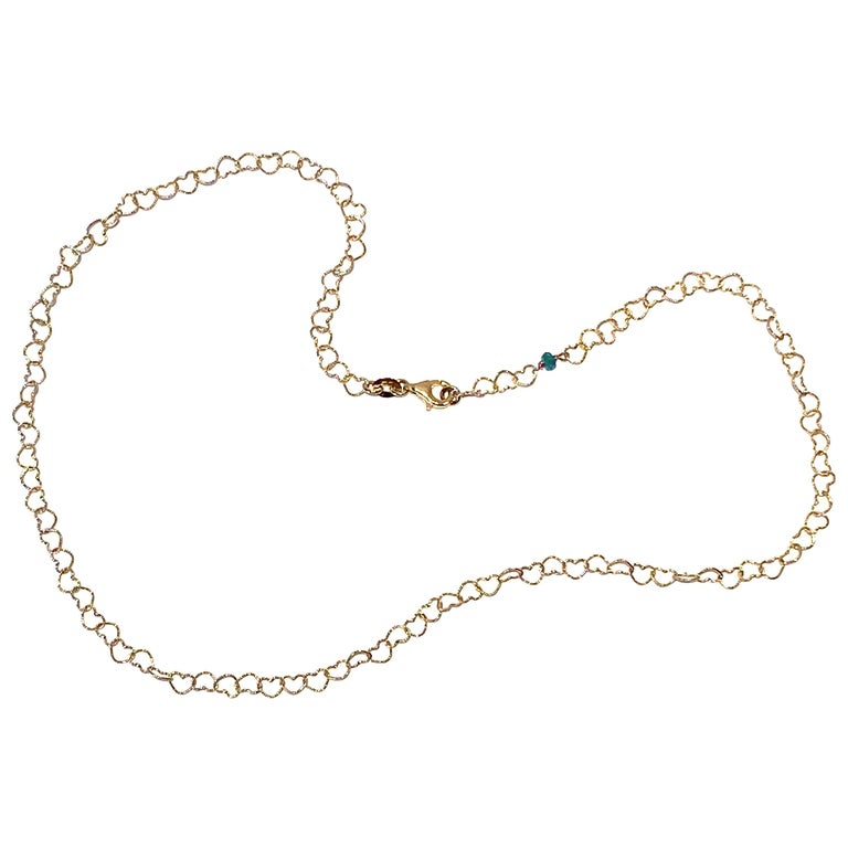 "Romantic Style 18 Karat Yellow Gold 0.50Karat Emerald ""Little Hearts"" Necklace For Sale"