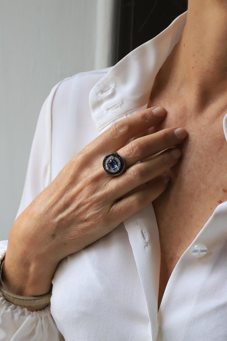 18 Karat White Gold 3.20 Karat Sapphires 0.30 Karat White Diamonds Ring For Sale 1