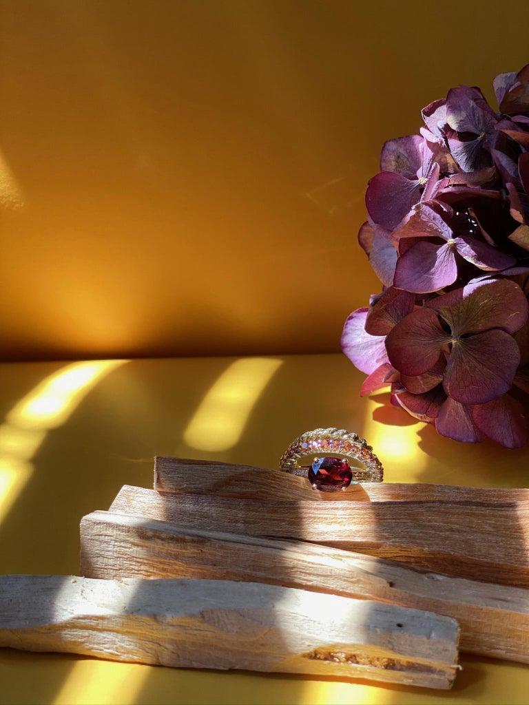 Ugolini 18Karat Gold 0.23 Karat Diamonds 3 Karat Tangerine Sapphires Garnet Ring For Sale 1