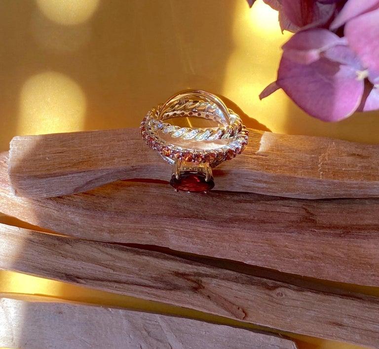 Ugolini 18Karat Gold 0.23 Karat Diamonds 3 Karat Tangerine Sapphires Garnet Ring For Sale 2