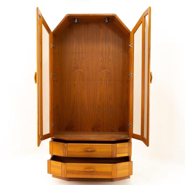 Mid-Century Modern Uldum Midcentury China Cabinet For Sale
