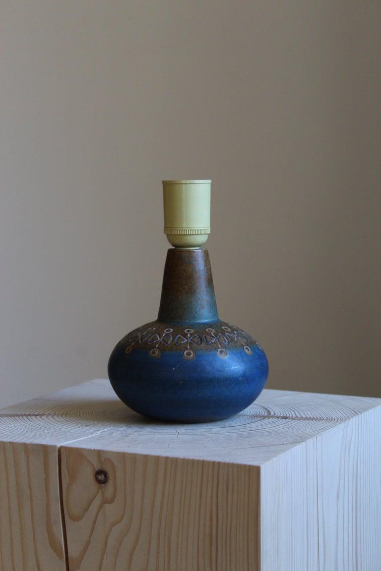 Mid-Century Modern Ulla Winblad, Table Lamp, Glazed Stoneware, Allingsås Keramik, Sweden, 1950s For Sale