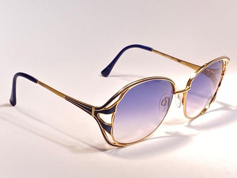 Ultra Rare 1970 Tura Blue Enamel & Gold Art Deco Blue Lenses Sunglasses For Sale 7