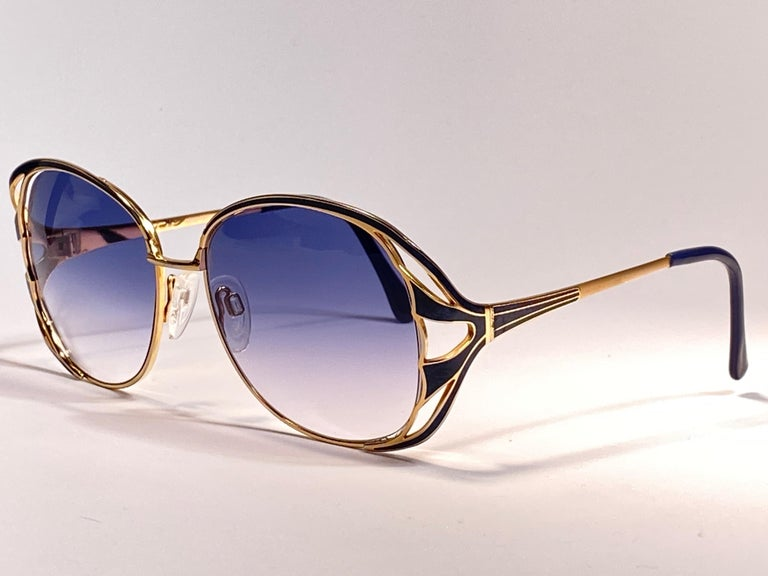 Ultra Rare 1970 Tura Blue Enamel & Gold Art Deco Blue Lenses Sunglasses For Sale 5