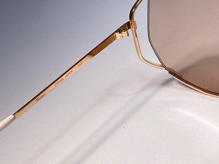 Ultra Rare 1970's Tura 425 Oversized Gold & White Light Lenses Sunglasses For Sale 2