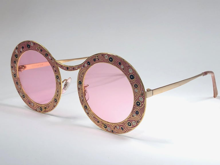 Ultra Rare Christian Dior Gypsy Rose Enamel Oversized Sunglasses, 1969  In Excellent Condition For Sale In Amsterdam, Noord Holland