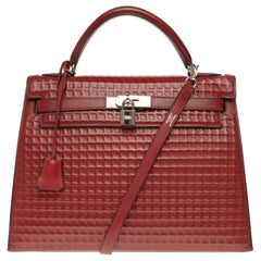 ULTRA RARE-COLLECTIBLE-Hermès Kelly 32 Waffle with strap in rouge H Barenia, PHW