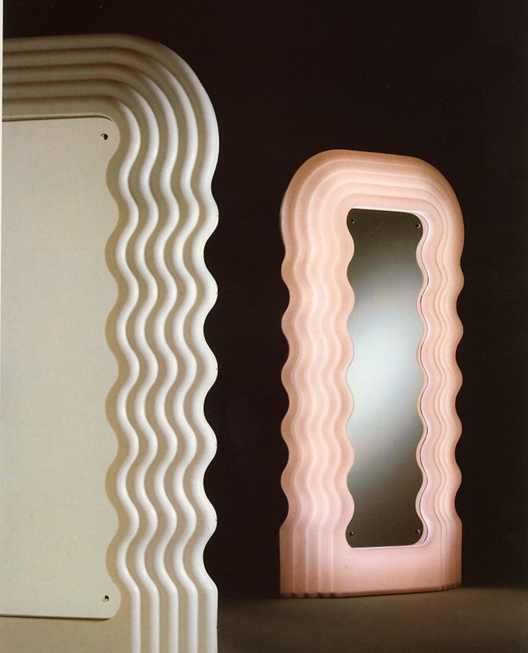 Ultrafragola Mirror/Lamp by Ettore Sottsass for Poltronova, Italy In Excellent Condition For Sale In Milan, Italy