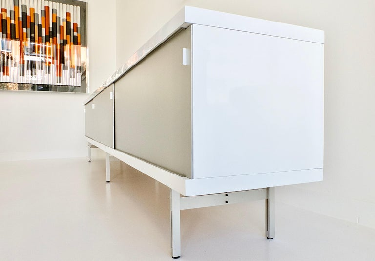 Ultralong sideboard model 1730 by Horst Brüning for Behr Production KG, 1967 In Good Condition For Sale In Munster, NRW