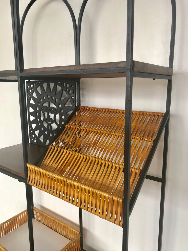 Umanoff Bookshelf Bookshelf by Shaver Howard In Excellent Condition For Sale In St. Louis, MO