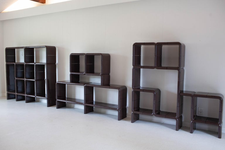 American 'UMBO' Modular Shelving System by Kay Leroy Ruggles for Directional, 1972 For Sale
