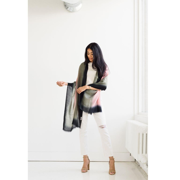 Hand-Woven UMBRA KIWI Cashmere  Scarf / Wrap  For Sale