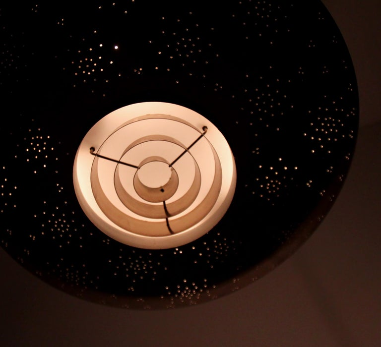 'Un' Ceiling Lamp in Brass by Paavo Tynell, Finland, 1950s For Sale 9