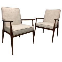 Paul McCobb Model 3040 Arm-Chairs in Walnut, circa 1956