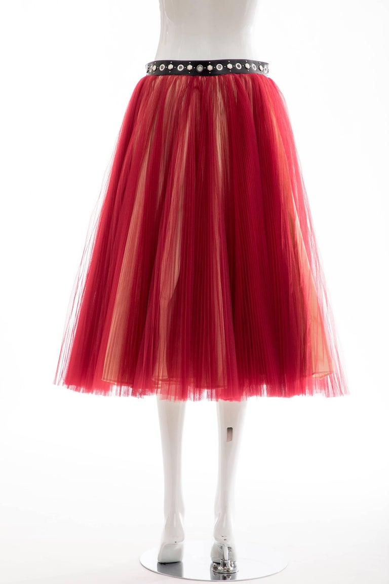 Undercover - Jun Takahashi Red Tulle Silver Pleated Skirt, Spring 2016 In New Condition For Sale In Cincinnati, OH