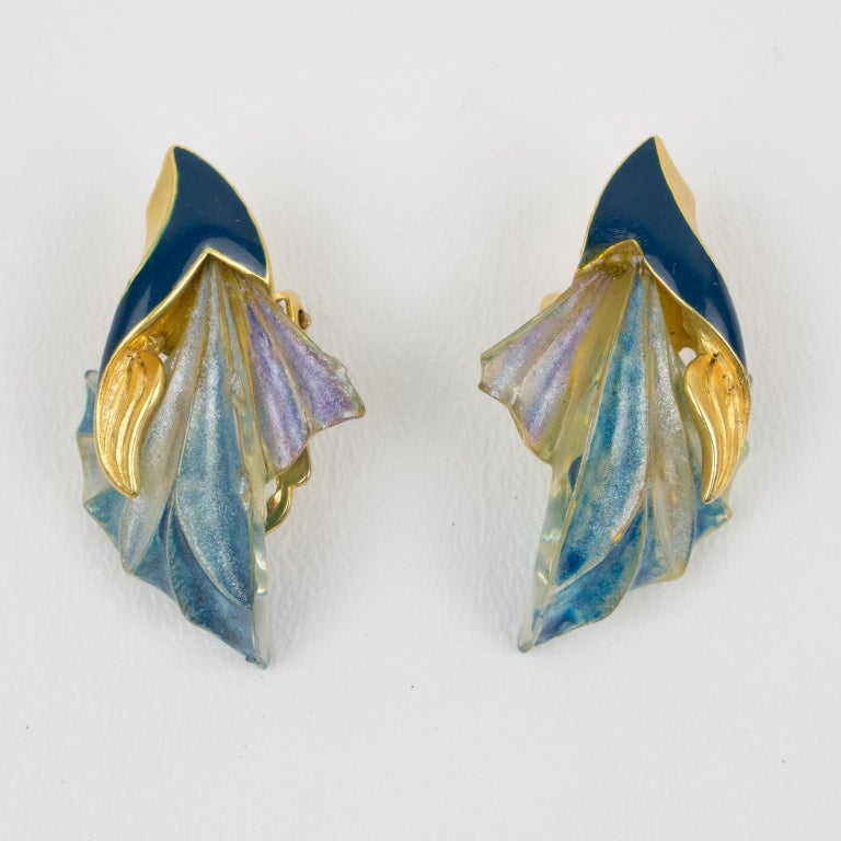 Ungaro Art Nouveau Style Blue Resin Clip Earrings In Excellent Condition For Sale In Atlanta, GA