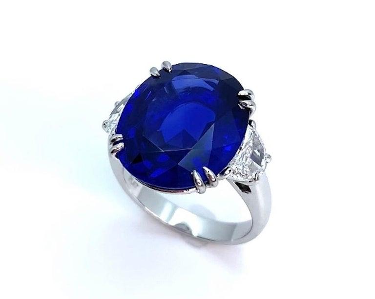 Women's Unheated 12.23 Carat Ceylon Blue Sapphire GIA, Diamond Platinum 3-Stone Ring For Sale