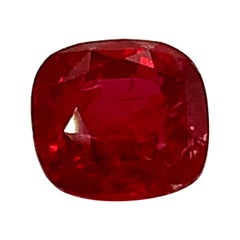 """Unheated 3.53 Carat """"Pigeon's Blood"""" Ruby GIA, Unset 3-Stone Engagement Ring Gem"""