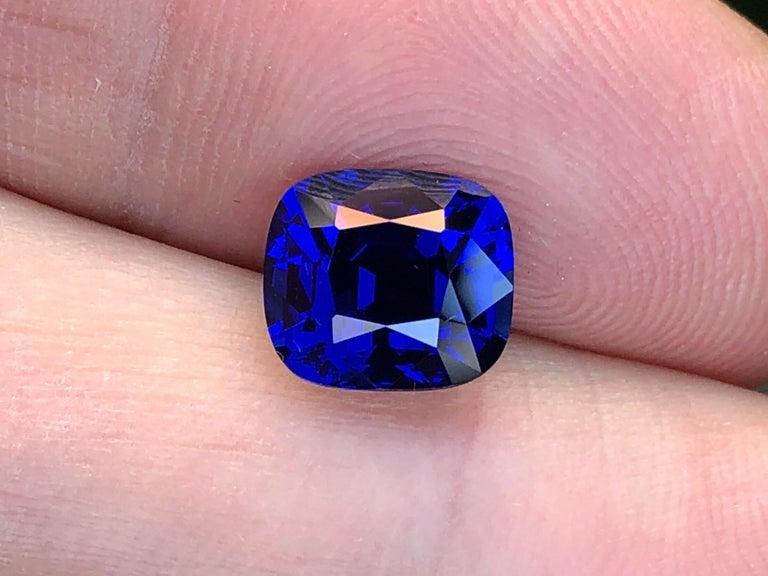 Ceylon-Saphir unbeheizt Kissen GIA zertifiziert 3,04 Karat Royal Blau 3