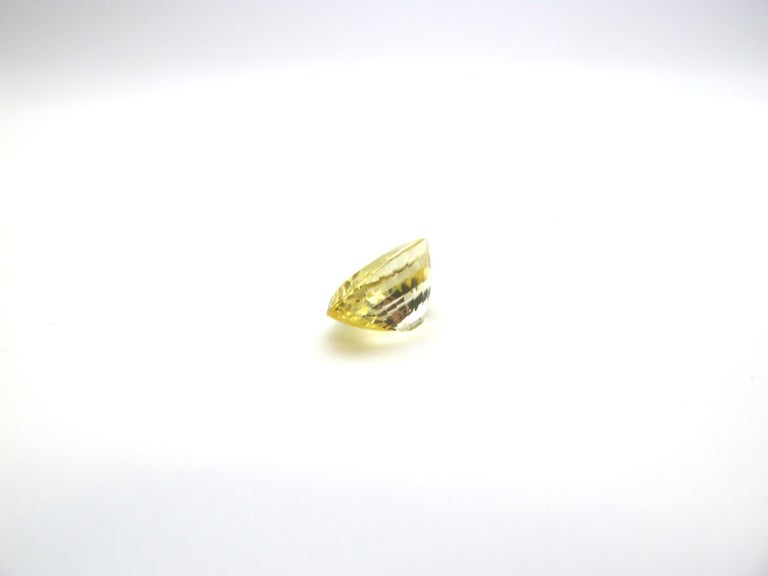 Oval Cut Unheated GIA Certified 3.98 Carat Oval Yellow Sapphire Loose Stone For Sale