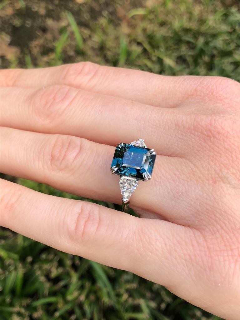 Unheated Green Blue Sapphire Diamond Engagement Cocktail  Ring GIA 6.07 Carat For Sale 1