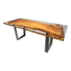 Uniko Dining Table