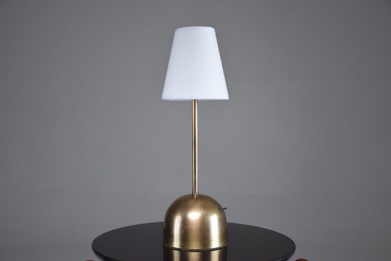 Unio Contemporary Handcrafted Wireless Brass Lamp For Sale 7