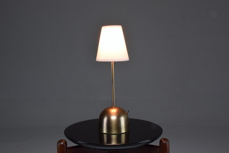 Unio Contemporary Handcrafted Wireless Brass Lamp For Sale 13