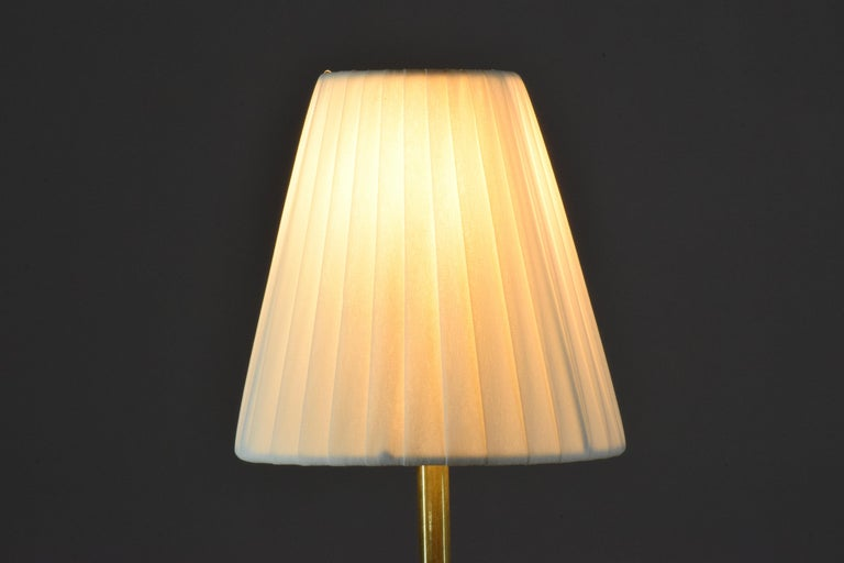 Unio Contemporary Handcrafted Wireless Brass Lamp For Sale 6