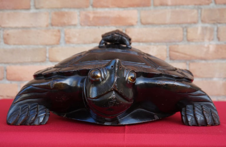 Large & Unique 1930 Hand Carved & Lacquered Wood Japanese Tortoise Sculpture Box For Sale 9