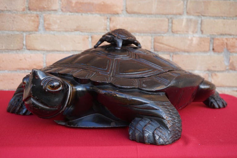 Art Deco Large & Unique 1930 Hand Carved & Lacquered Wood Japanese Tortoise Sculpture Box For Sale