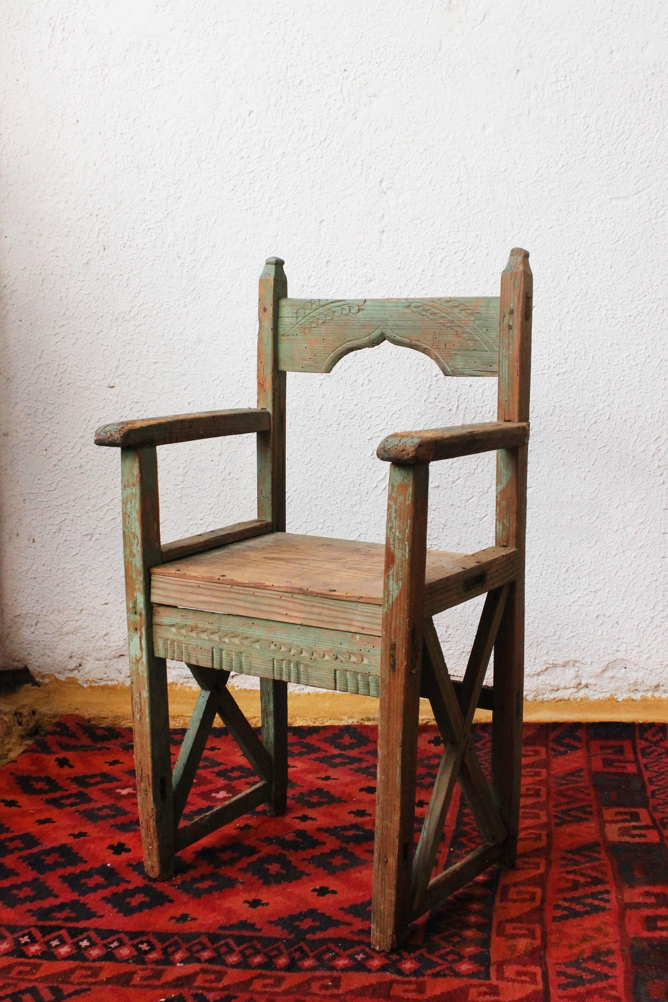Folk Art Unique 19th Century Hand Carved Chair Found In Wester México For  Sale