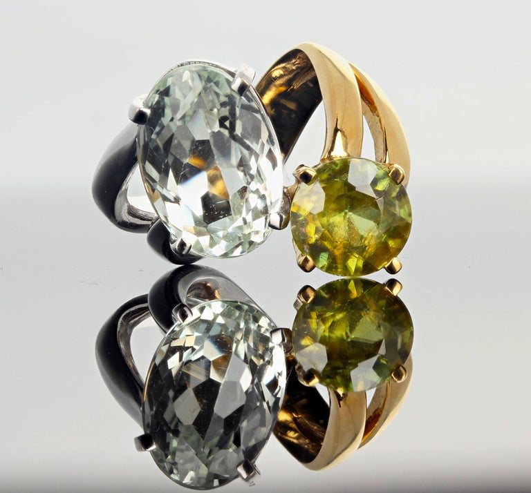 Unique 6.8 Carat Amblygonite and 2.2 Carat Sphene Gold Ring For Sale 1