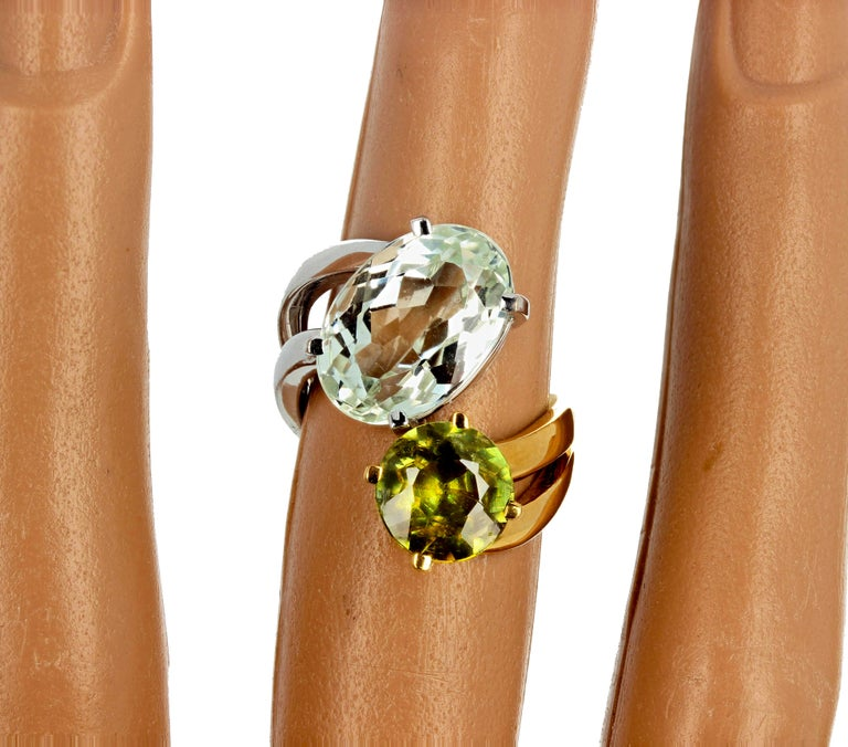 Unique 6.8 Carat Amblygonite and 2.2 Carat Sphene Gold Ring For Sale 3